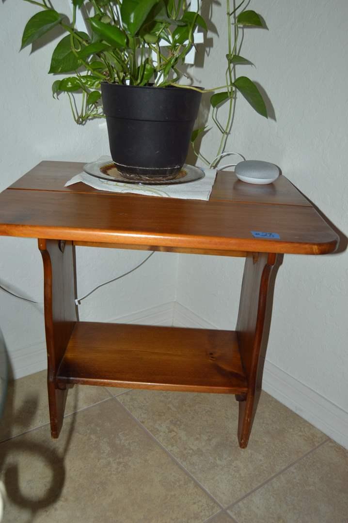 Lot # 28 Vintage drop leaf side table (main image)