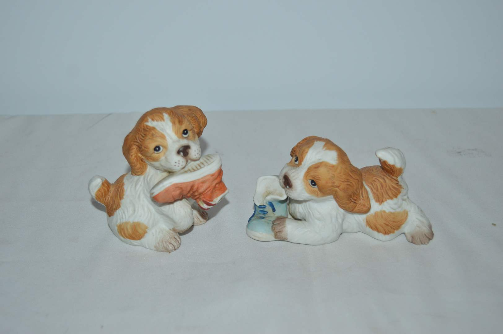 Lot # 57  Homco spaniel puppy figurines with shoes #1405 (main image)