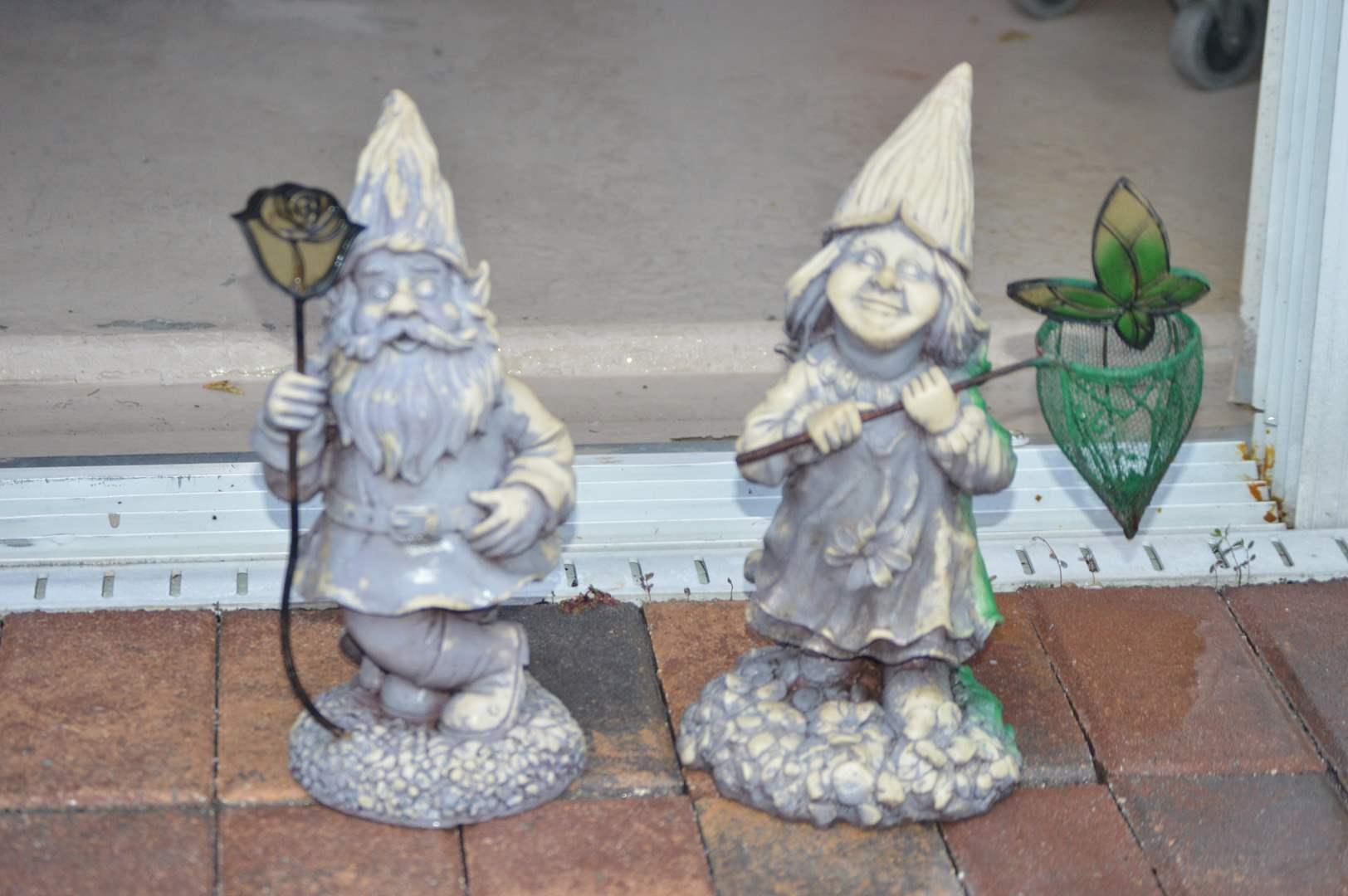 Lot # 241 Set of resin garden gnomes (main image)