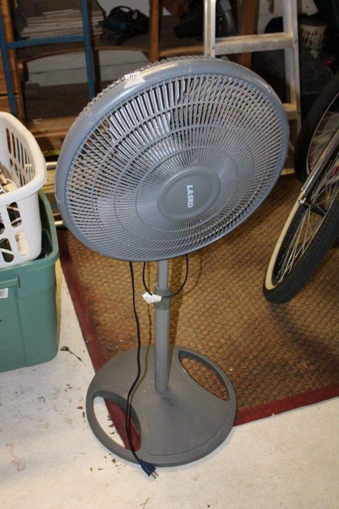 Lot#112 Lasko Standing Fan  (main image)