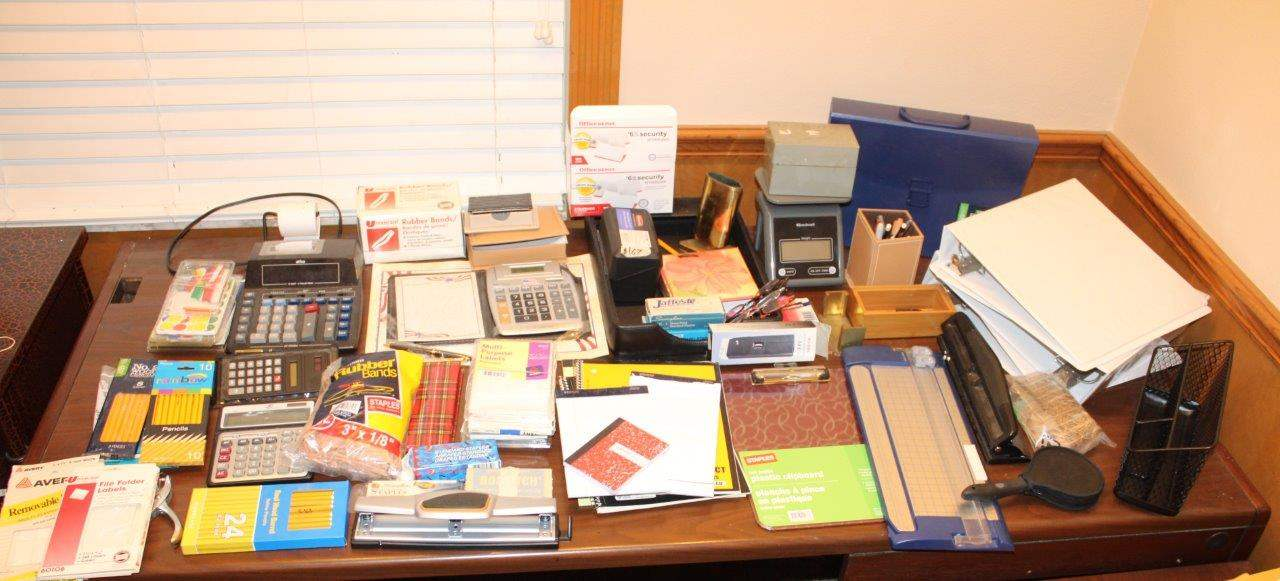 Lot#167 Assorted Office Supplies  (main image)