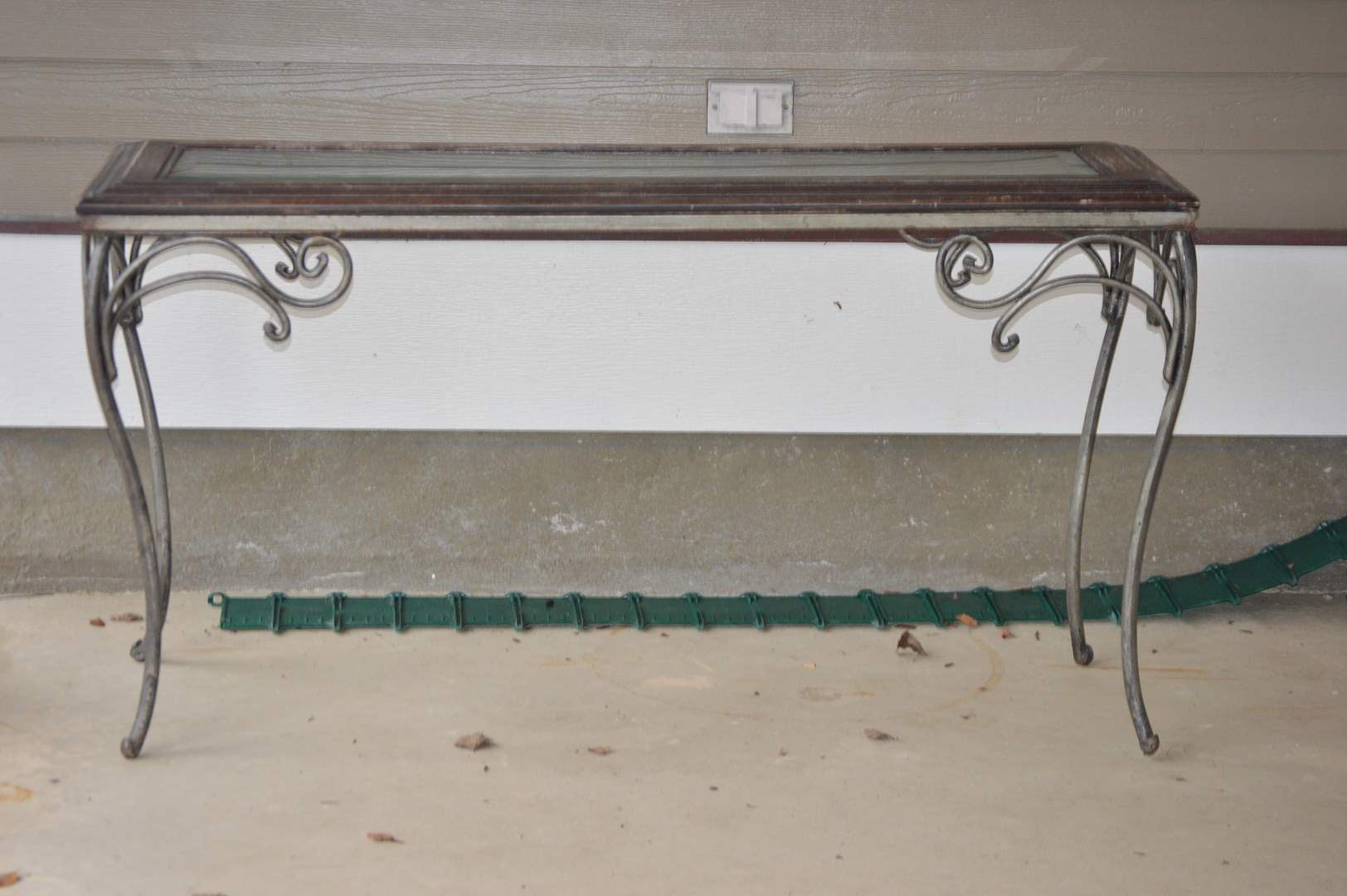 Lot # 93 Wrought iron & wood couch table w/ glass top (main image)