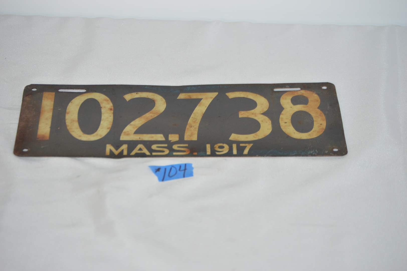 Lot # 104  Antique 1917 Massachusetts license plate (main image)